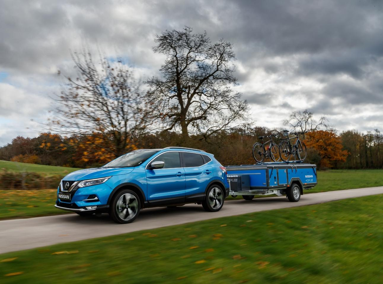Nissan tows the Nissan x Opus trailer with a Qashqai crossover