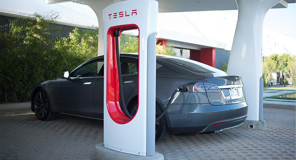 Batteries for EVs like this Tesla Model S could be getting cheaper and more plentiful, once the Gigafactory is in full swing