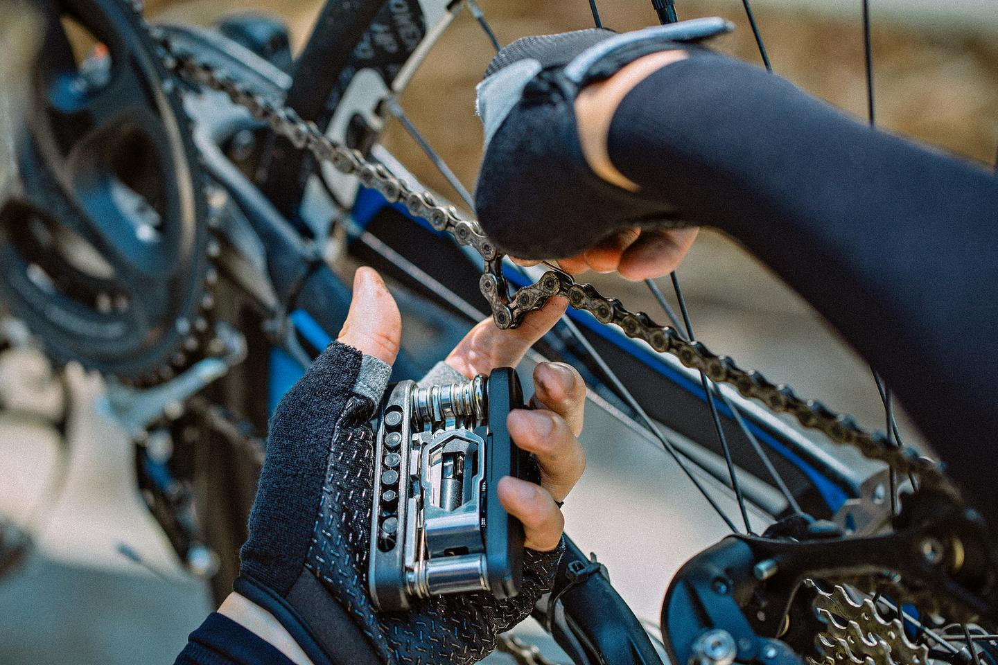 The BikePal can be used for tire and spoke repairs, chain servicing, handlebar adjustment, tightening loose bolts and screws, and more