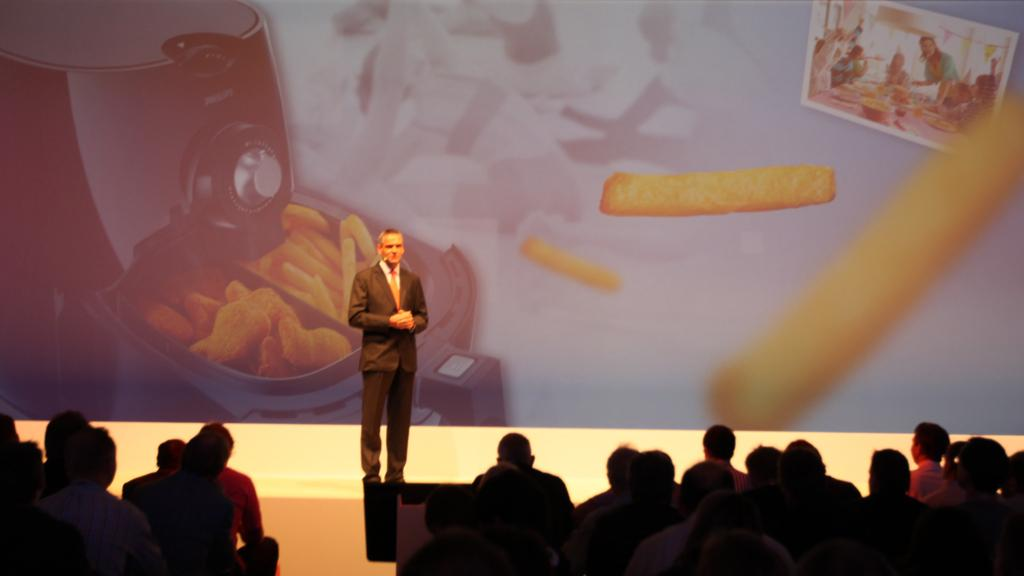 Philips unveils its Airfryer at IFA 2010 in Berlin