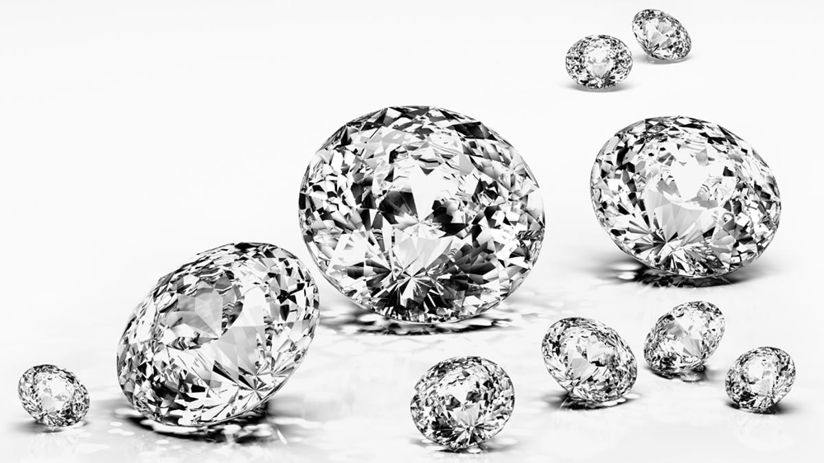 Diamonds in your washing machine can make your clothes sparkle (Photo: Shutterstock)
