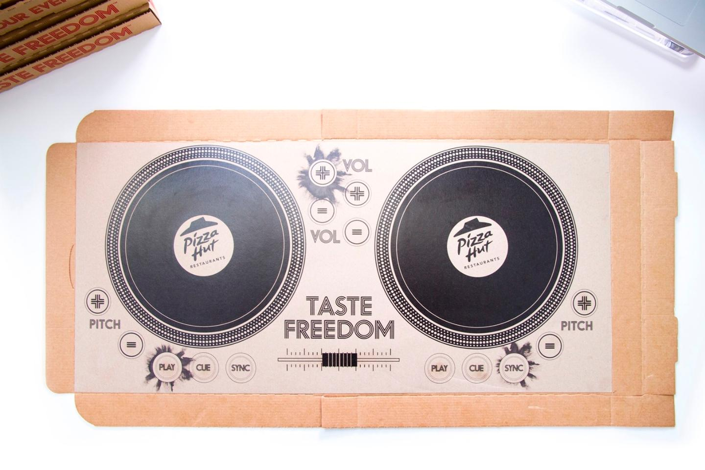 The pizza box uses conductive inks printed into a bespoke circuit board