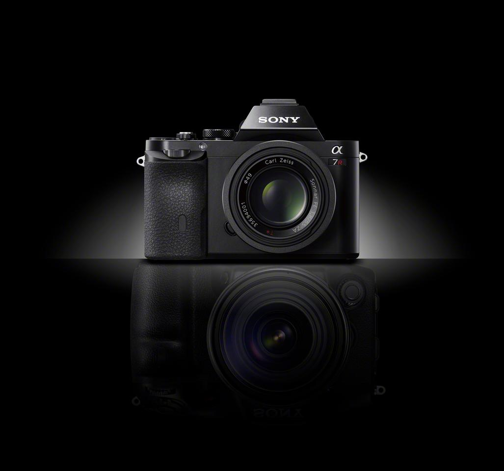 Sony has launched the world's first 35 mm full-frame interchangeable lens cameras