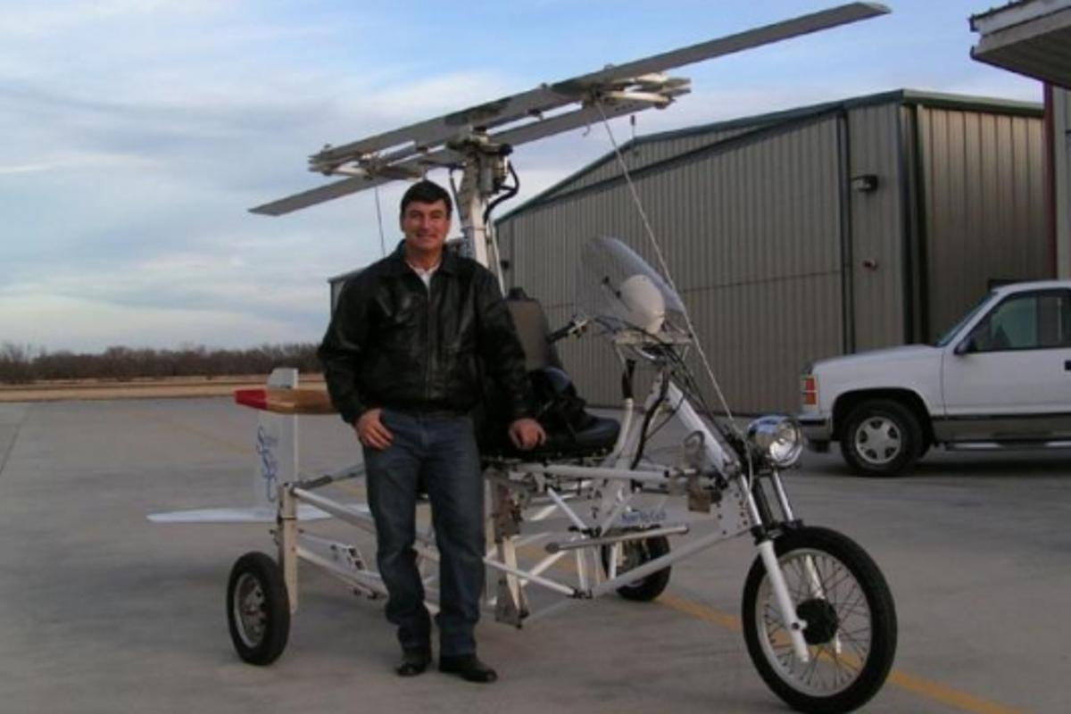 Larry Neal with his revolutionary Super Sky Cycle