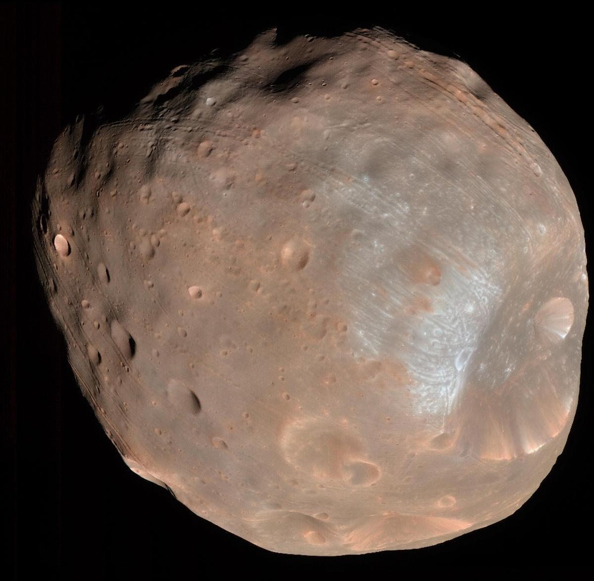 Phobos, as seen byNASA's Mars Reconnaissance Orbiter