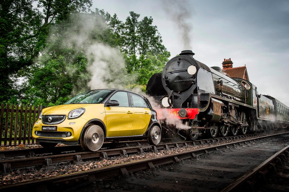 The four-seat Smart mini-train hits the tracks