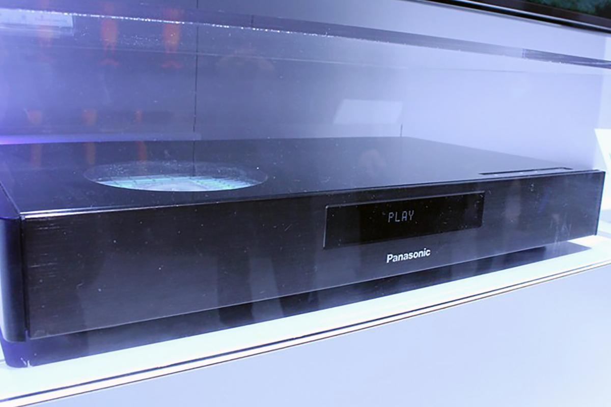 Panasonic's new Blu-Ray player prototype includes High Dynamic Range support (Photo: Eric Mack/Gizmag)