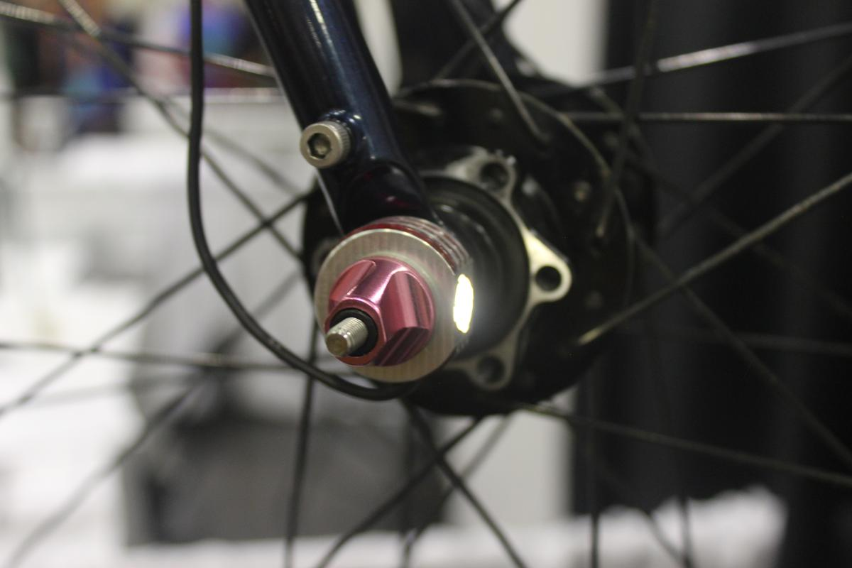 When users need to remove a wheel, they just unplug the wire from that wheel's LEDs