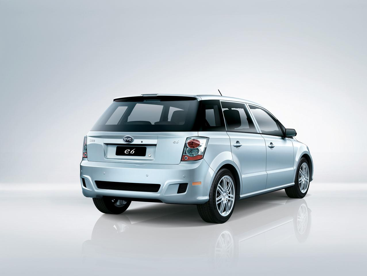 The BYD e6