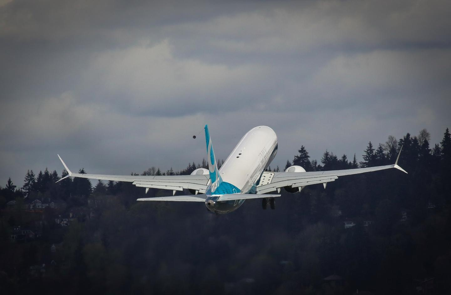 The Boeing 737 MAX 9 takes off from Renton, Washington