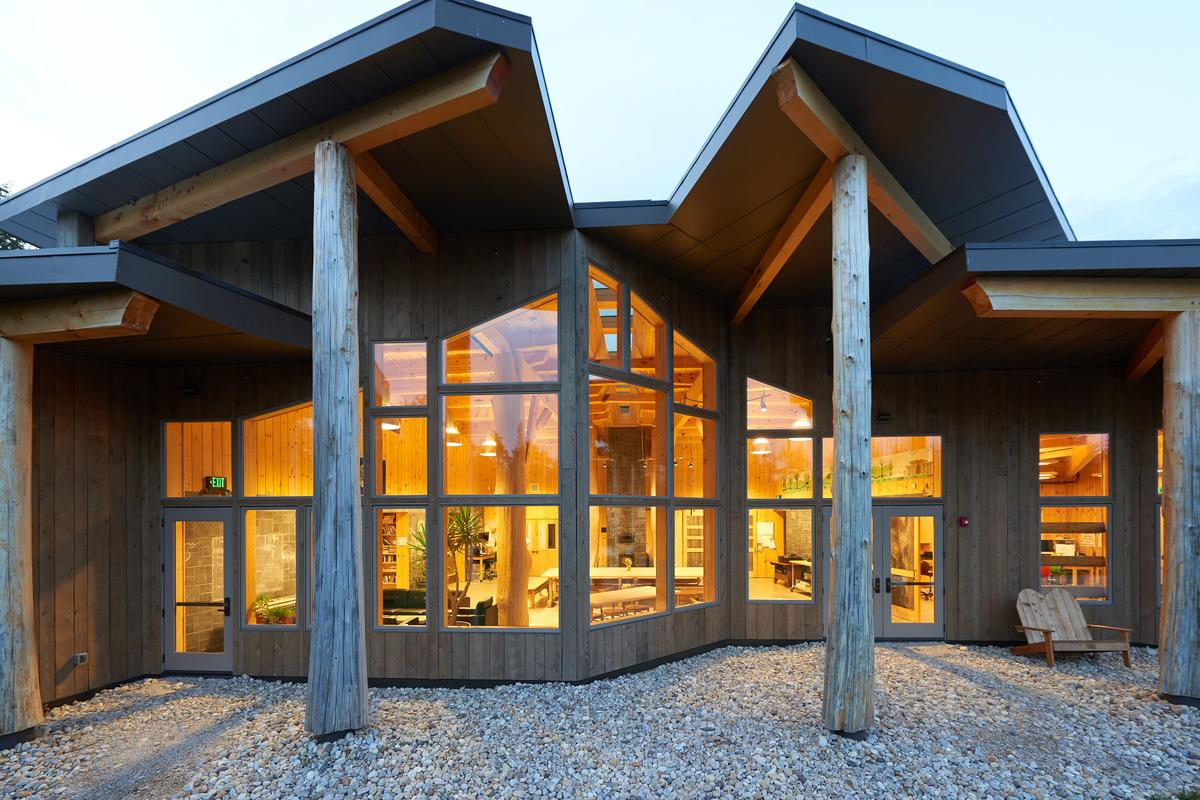Burr Burton Academy Mountain Campus, by Bensonwood, won the Regional Excellence category of the 2015 Wood Design Awards (Photo: Al Karevy)