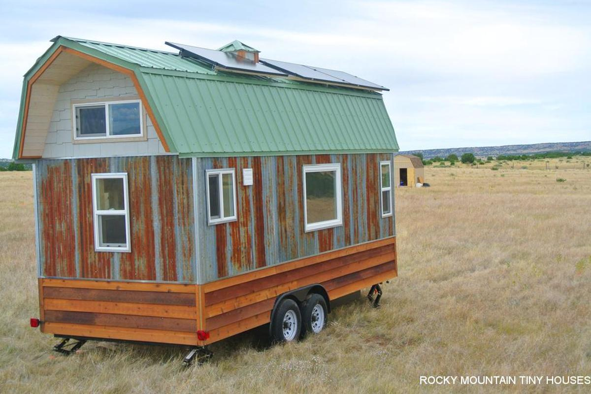 The price for the Bitterroot Valley tiny house came in at US$39,000, plus $6,400 for the solar setup