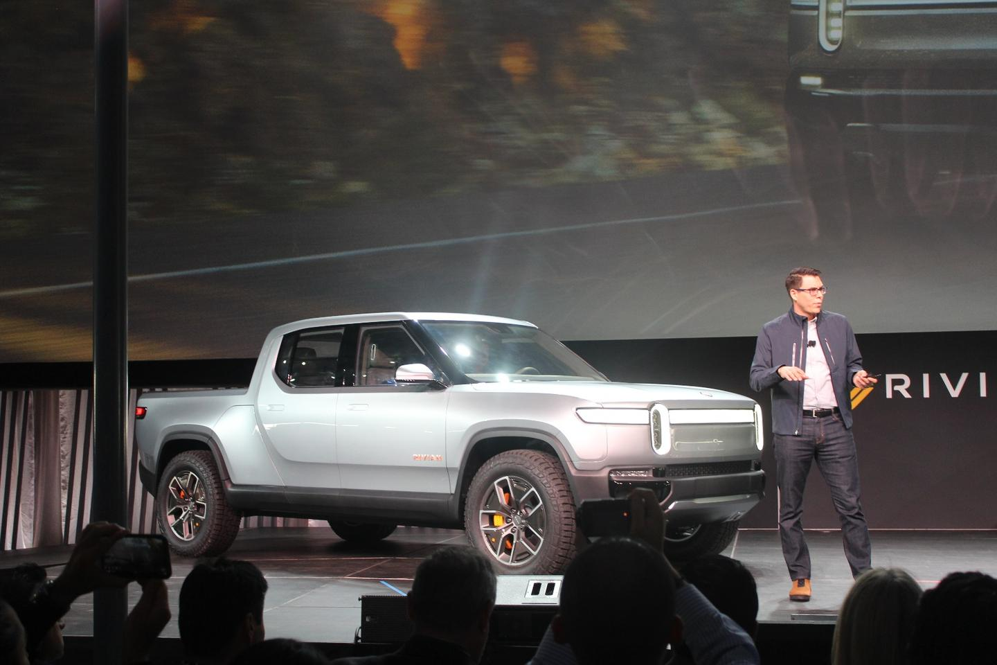 Electric startup Rivian creates some serious buzz in the run-up to the LA show, debuting its 400-mile (644-km) R1T all-electric pickup truck
