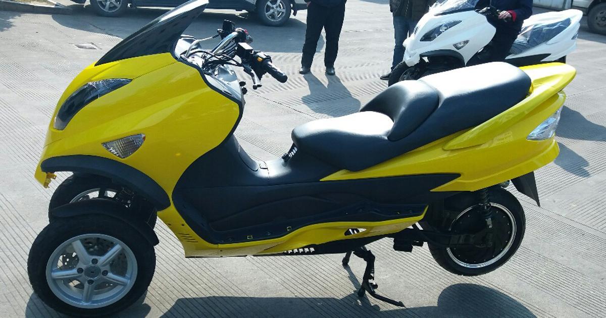 ZEV's long-range, tilting electric three-wheelers look the goods