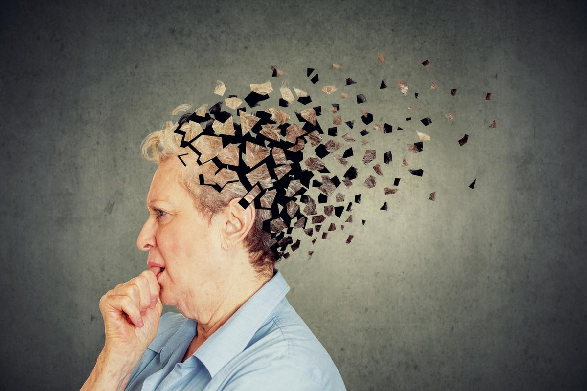 In a new study,higher education doesseem to give Alzheimer's patients a cognitive head start allowing them to stay intellectually functional longer