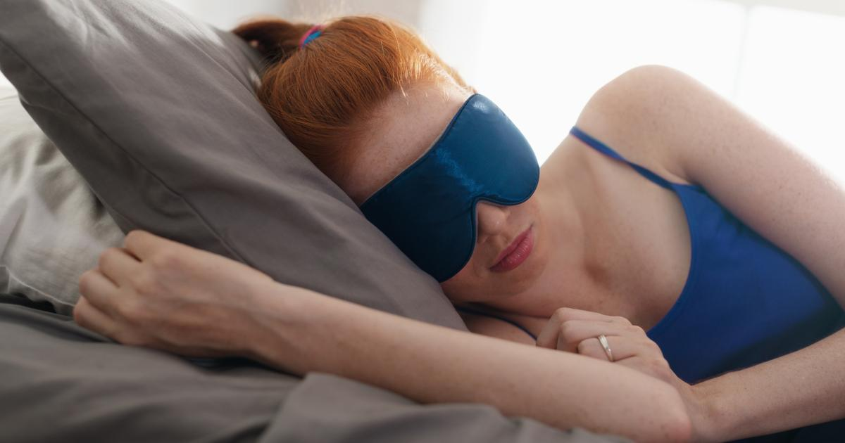 The newly discovered weird link between REM sleep and eating patterns