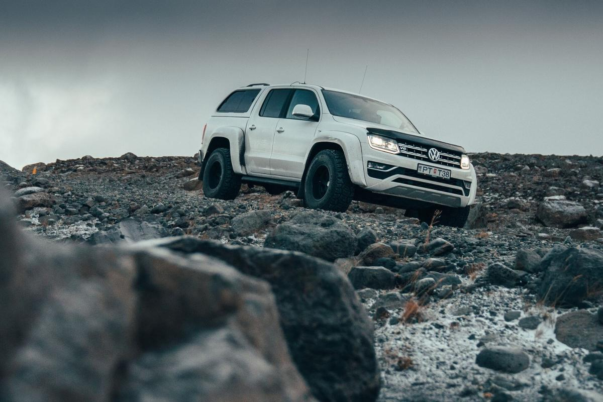 The VW Amarok AT35 tackles Iceland