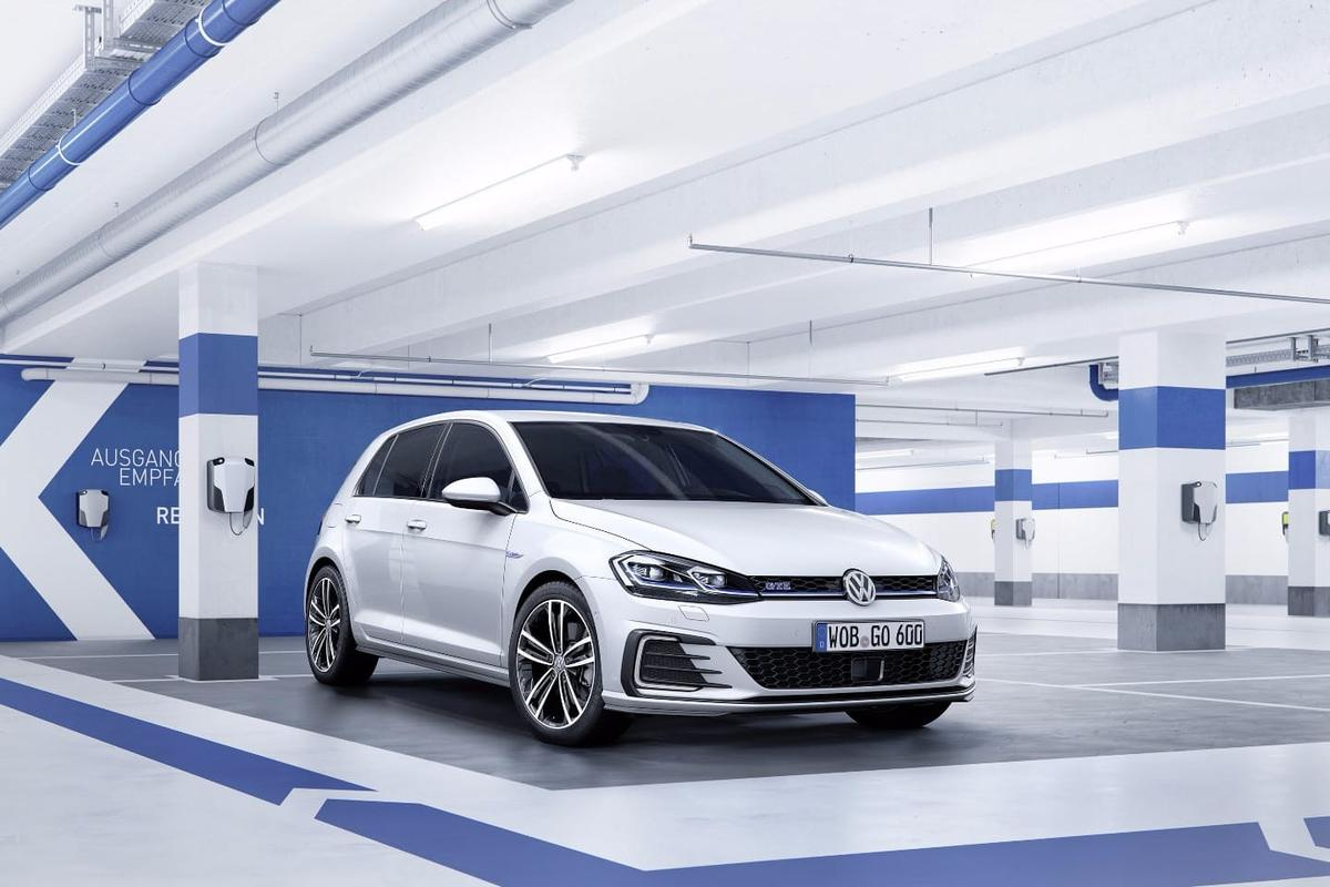 Cars like the new Golf are loaded with sensors and cameras –VWand Mobileye want to use them to build a clearer picture of the current road network