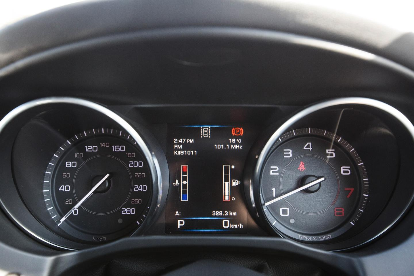 Flicking the car into dynamic mode turns the dials an angry shade of red