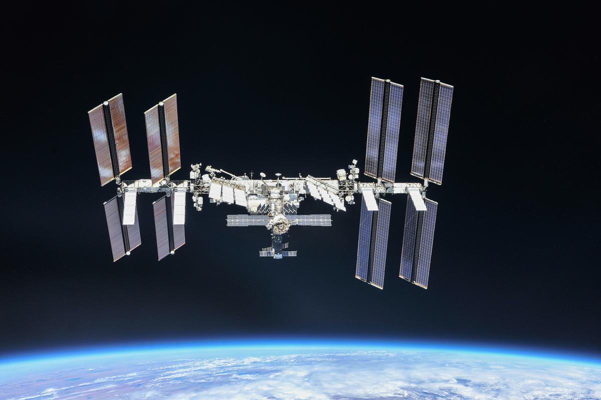 The ISS had to move at short notice to avoid a piece of space debris