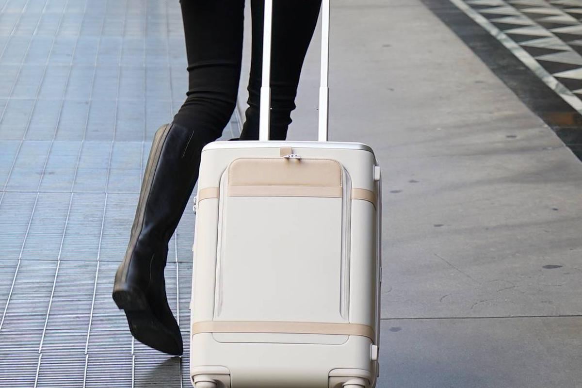 The Floatti bag is a Kickstarter project at the moment, with shipping expected to start in December 2016