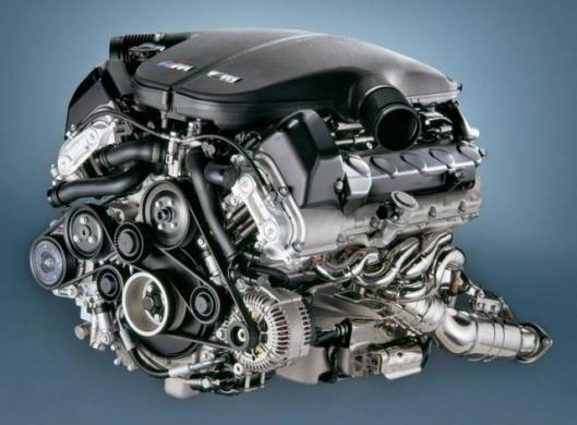 The bottom line is that this Best New Engine 2005 weighs just 240kg – that's almost exactly the same figure as its predecessor, a V8.