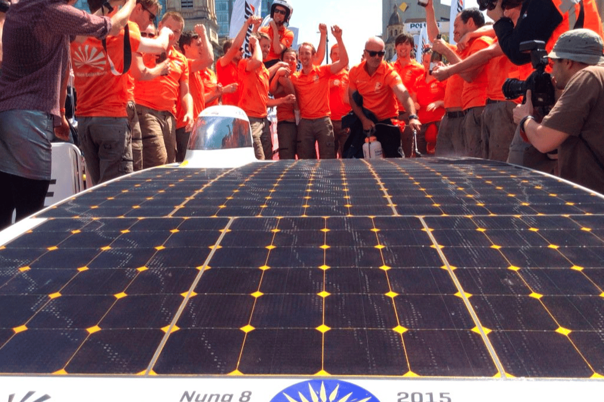 Holland's Nuon Soalr Team has claimed its second successive World Solar Challenge