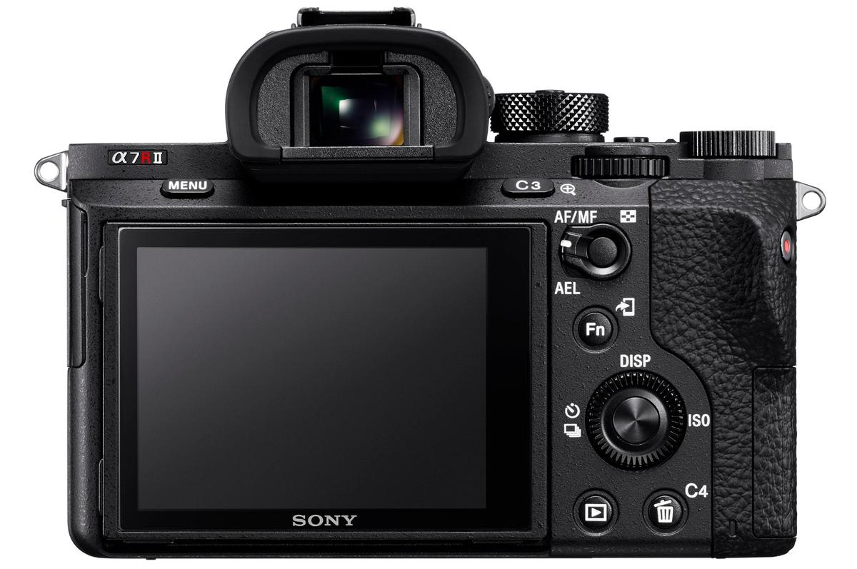 The Sony A7R II has a newly refined OLED electronic viewfinder with 2,359k dots, along with a tilting 3-inch LCD with 1,228k dots