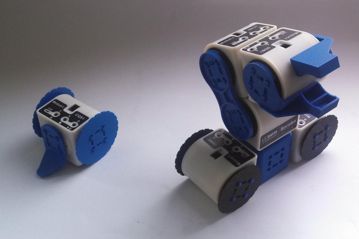 The modular Linkbot robot building platform