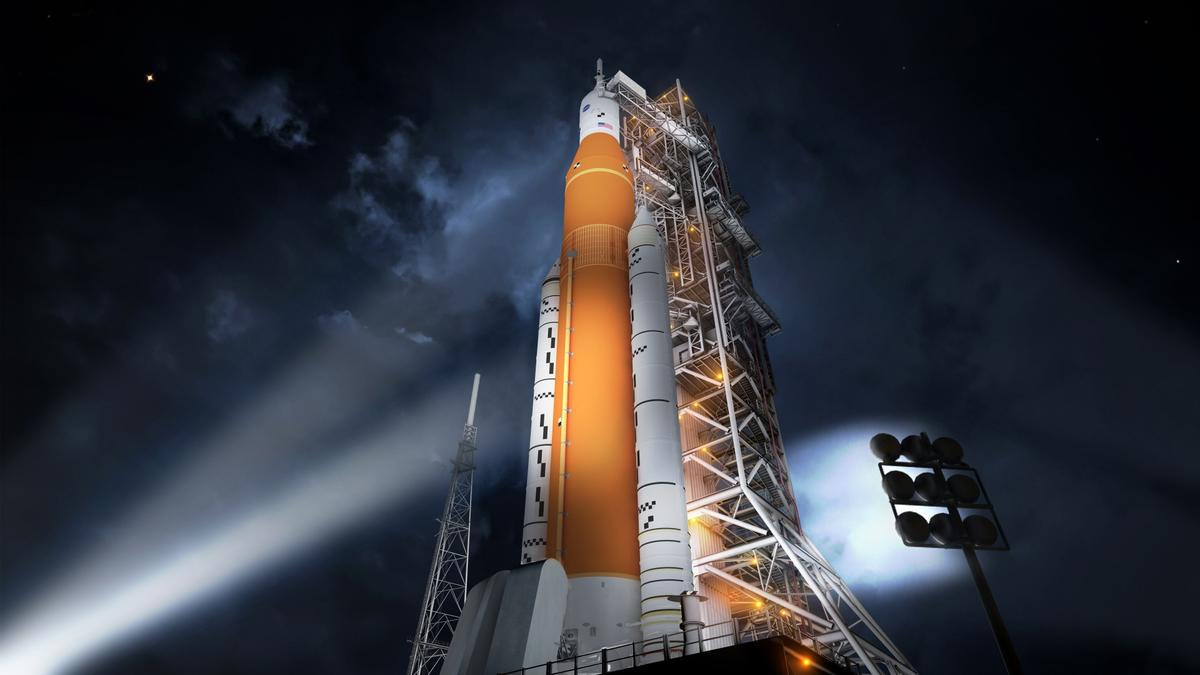 Artist's impression of a Block 1 SLS sitting on a launch pad