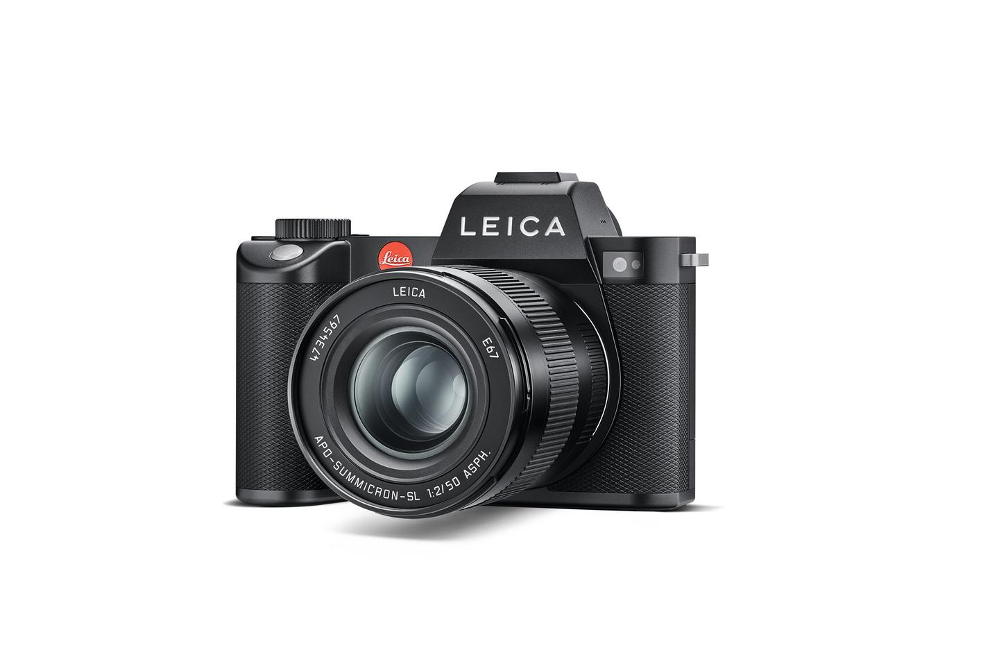 Leica says that it's improved ergonomics and weather-sealing, but managed to retain the same overall dimensions as the predecessor