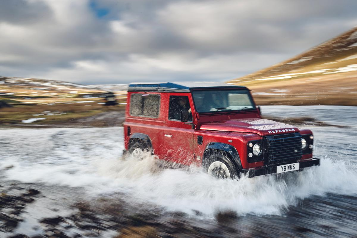 Only 150 examples will be produced with an eye-watering starting priceof£150,000 (US$208,000)for the 90-inch wheelbase model (pictured)