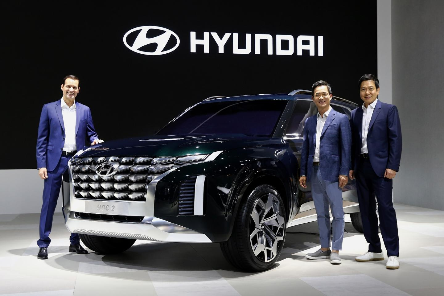 Hyundai introduces the HDC-2 Grandmaster at the Busan International Motor Show
