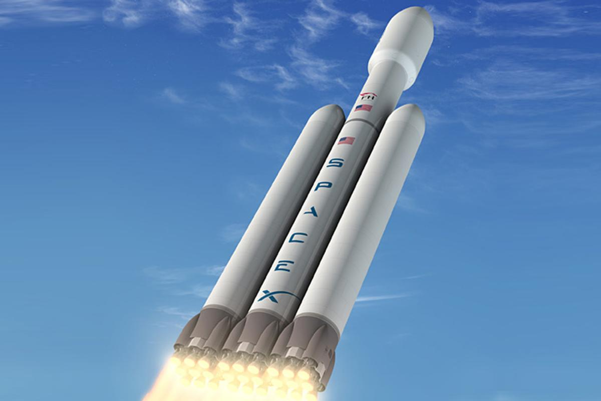The Falcon Heavy rocket is planned to launch in late 2013 or 2014 (Image SpaceX)