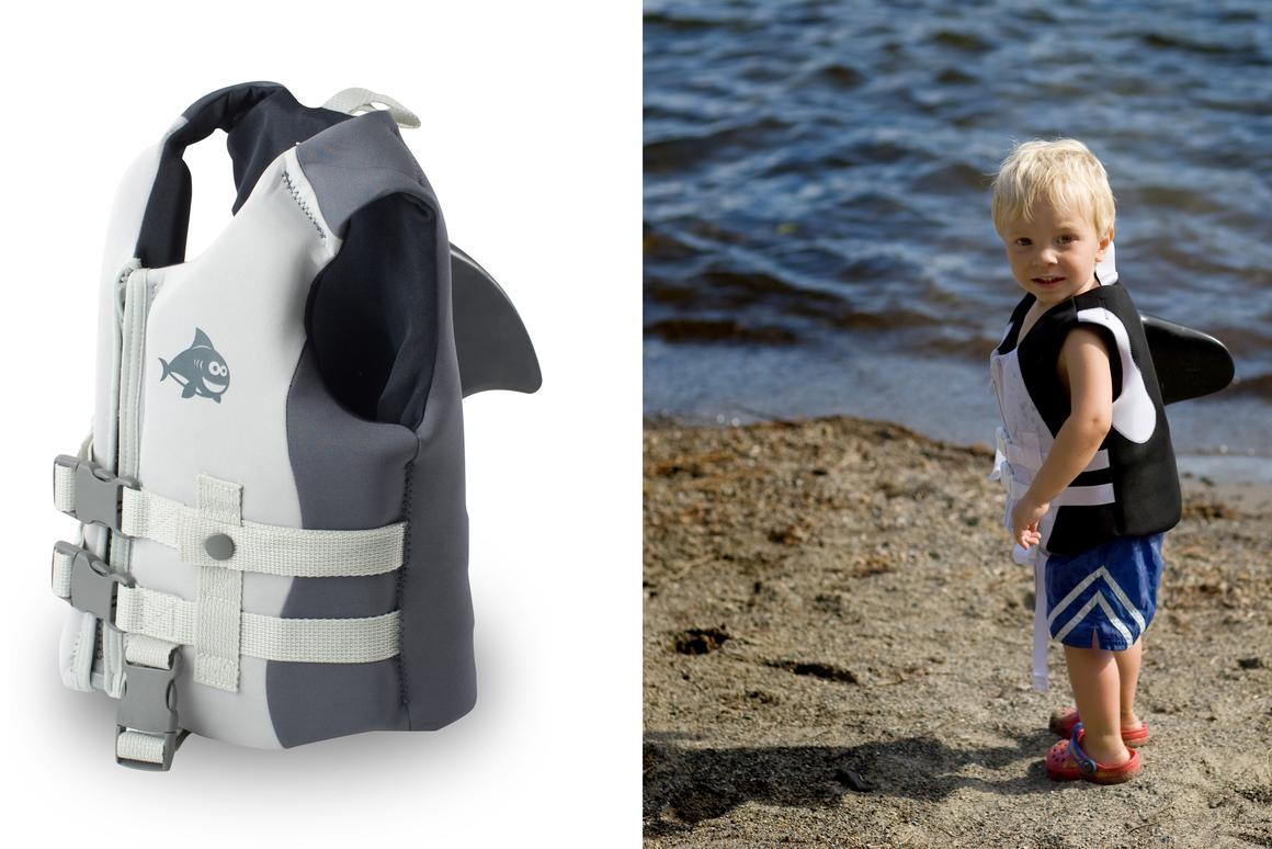 Sea Squirts are life vests for children that let them pretend to be various sea creatures, while also allowing adults to easily lift them from the water(Photos courtesy Opa Cove)