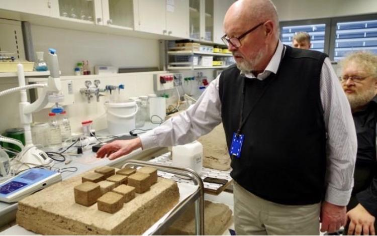 The University of Tartu's Prof. Toomas Tenno, with test pieces of the material