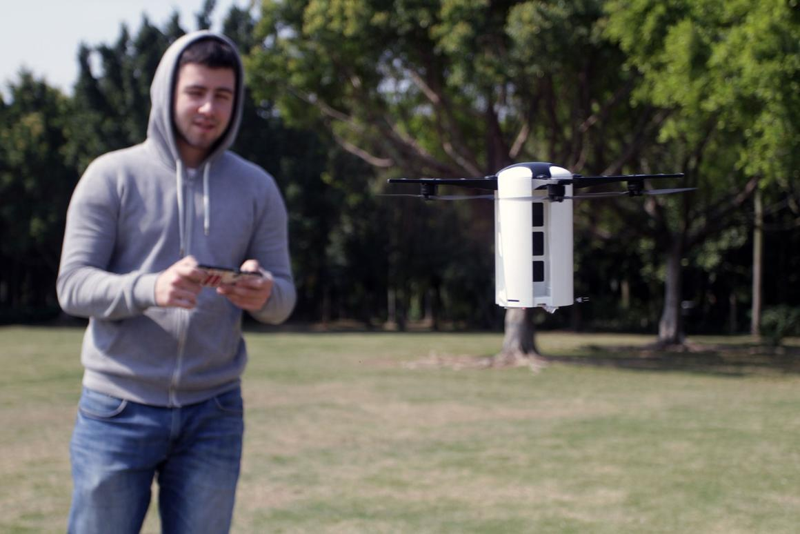 The LeveTop drone has a top speed of 33 mph (54 km/h)