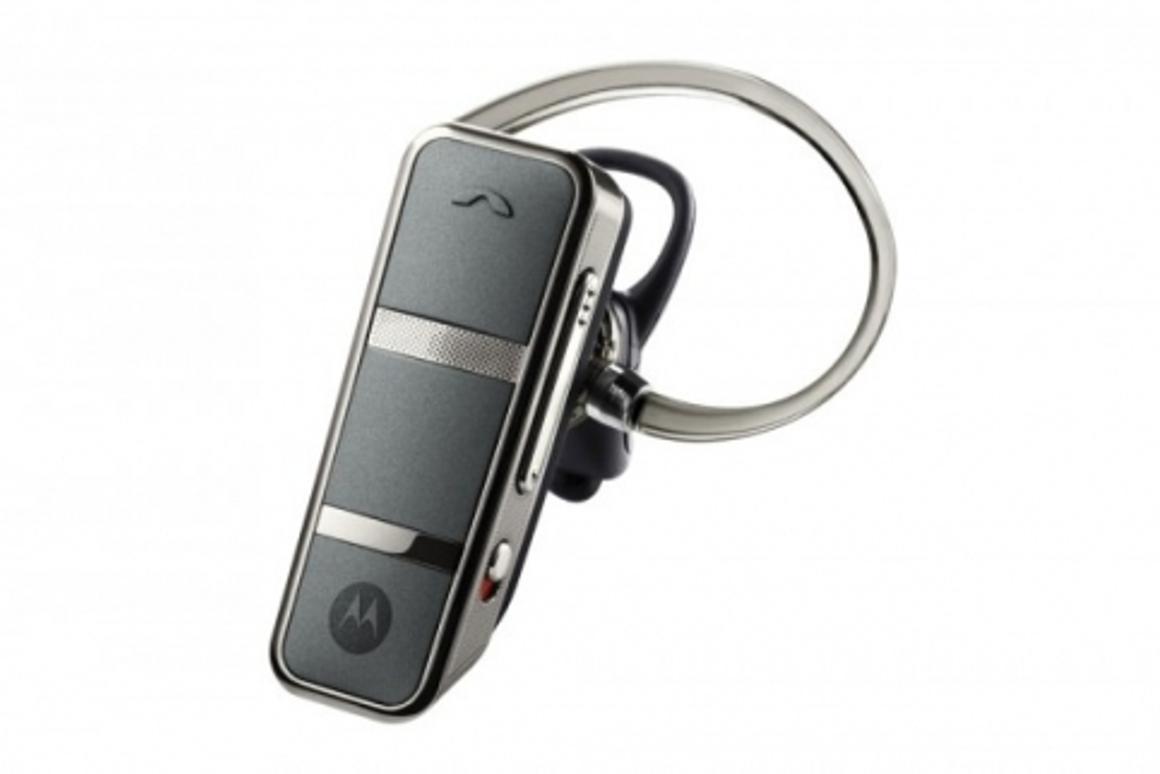 Motorola's new Endeavor HX1 bone conduction headset