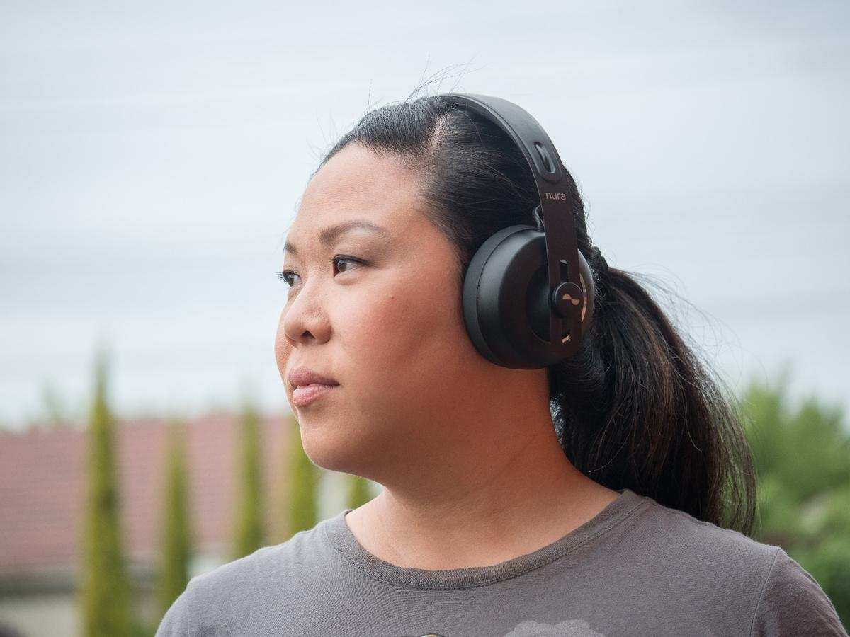 Nuraphones:a set of headphones that sounds amazing to everyone we've put them on
