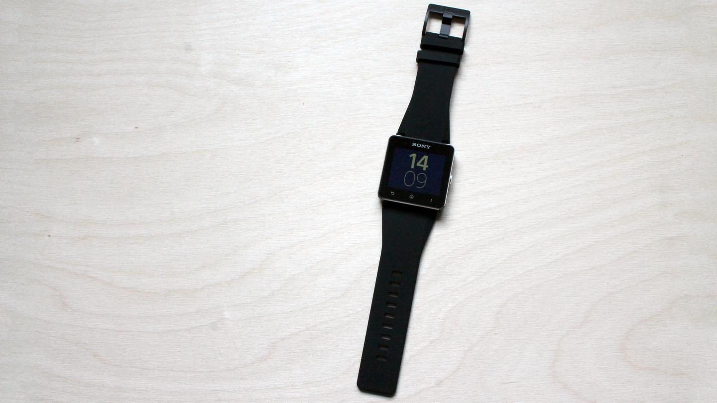 We thought the default silicone band on the SmartWatch 2 felt cheap