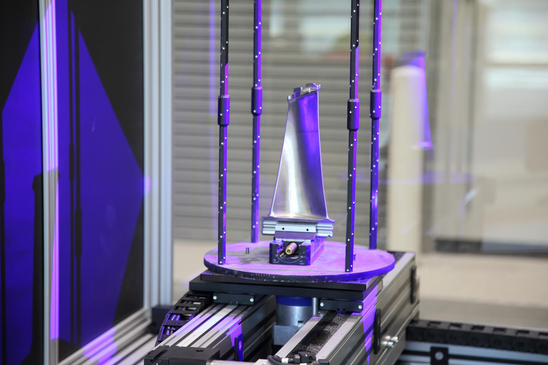 A part inside the 3D optical scanner