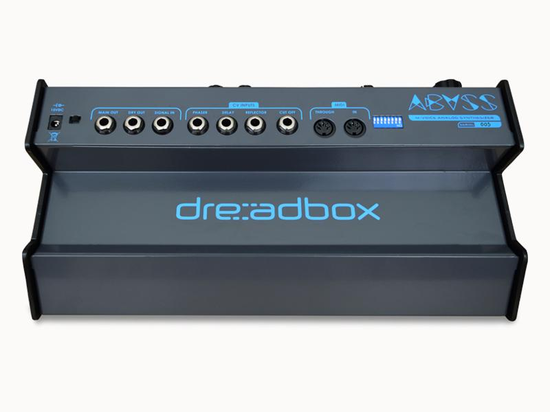 The Abyssoffers main and dry audio outs, a signal input, four controlled voltage inputs and MIDI input and through ports