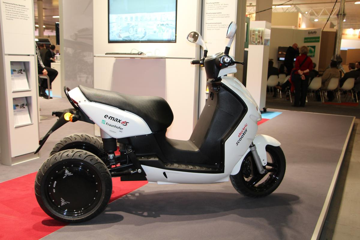 The Electromobile City Scooter demonstrator vehicle, on display in Hannover