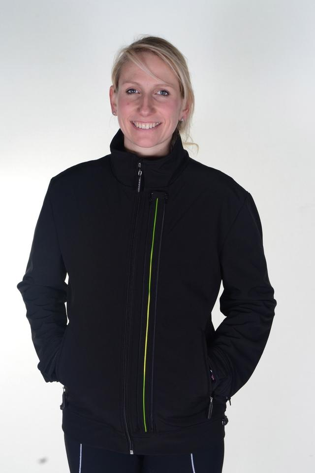 The Glowfaster Jacket, developed by ex-marine Simon Weatherall, is designed to make monitoring performance as simple as throwing on an extra layer before heading out to pound the pavement