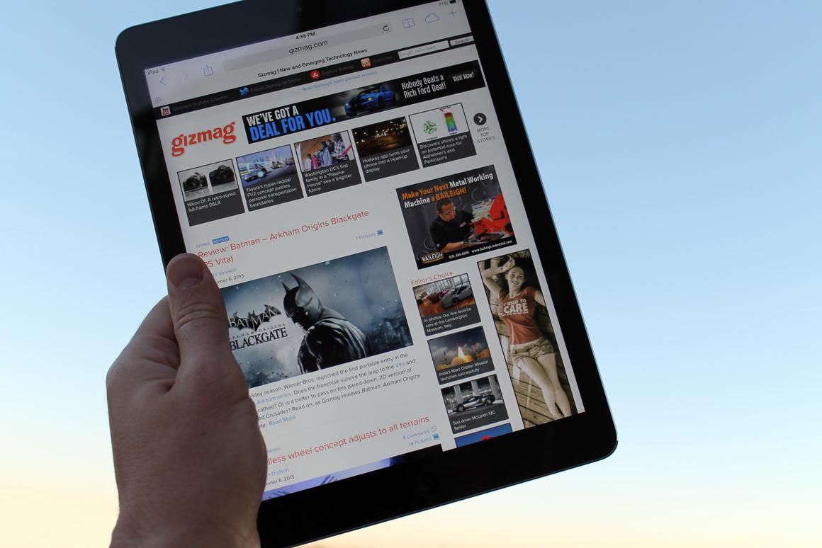 Gizmag reviews the iPad Air, the lightest full-sized tablet you can buy today