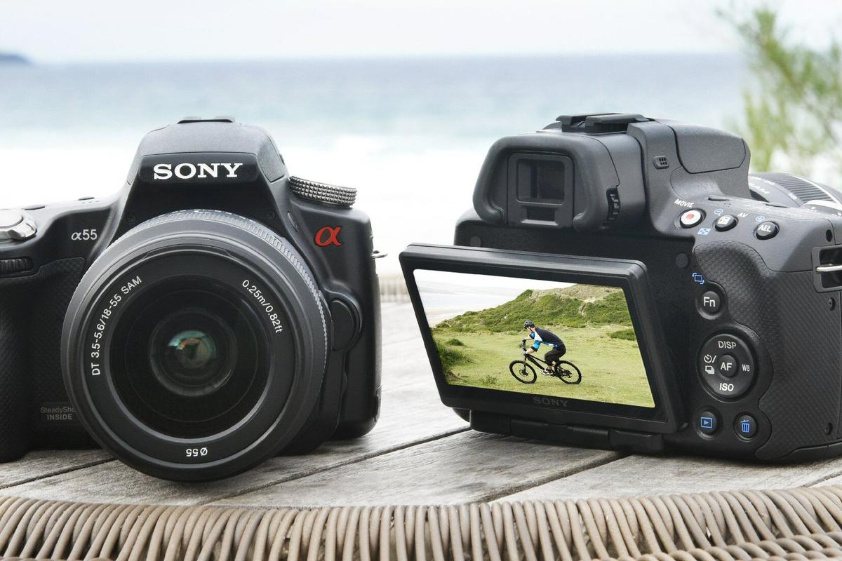 Sony has introduced a couple of new Alpha digital SLR cameras featuring its new Translucent Mirror Technology