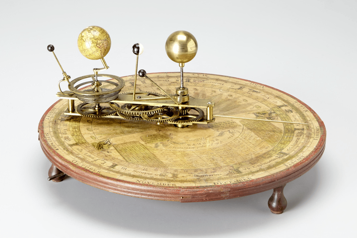 This hand-cranked orrery offers a mechanical model of the solar system  – it is one of many lots which offer endless fascination, great value and a gilt-edged long term investment potential at this sale