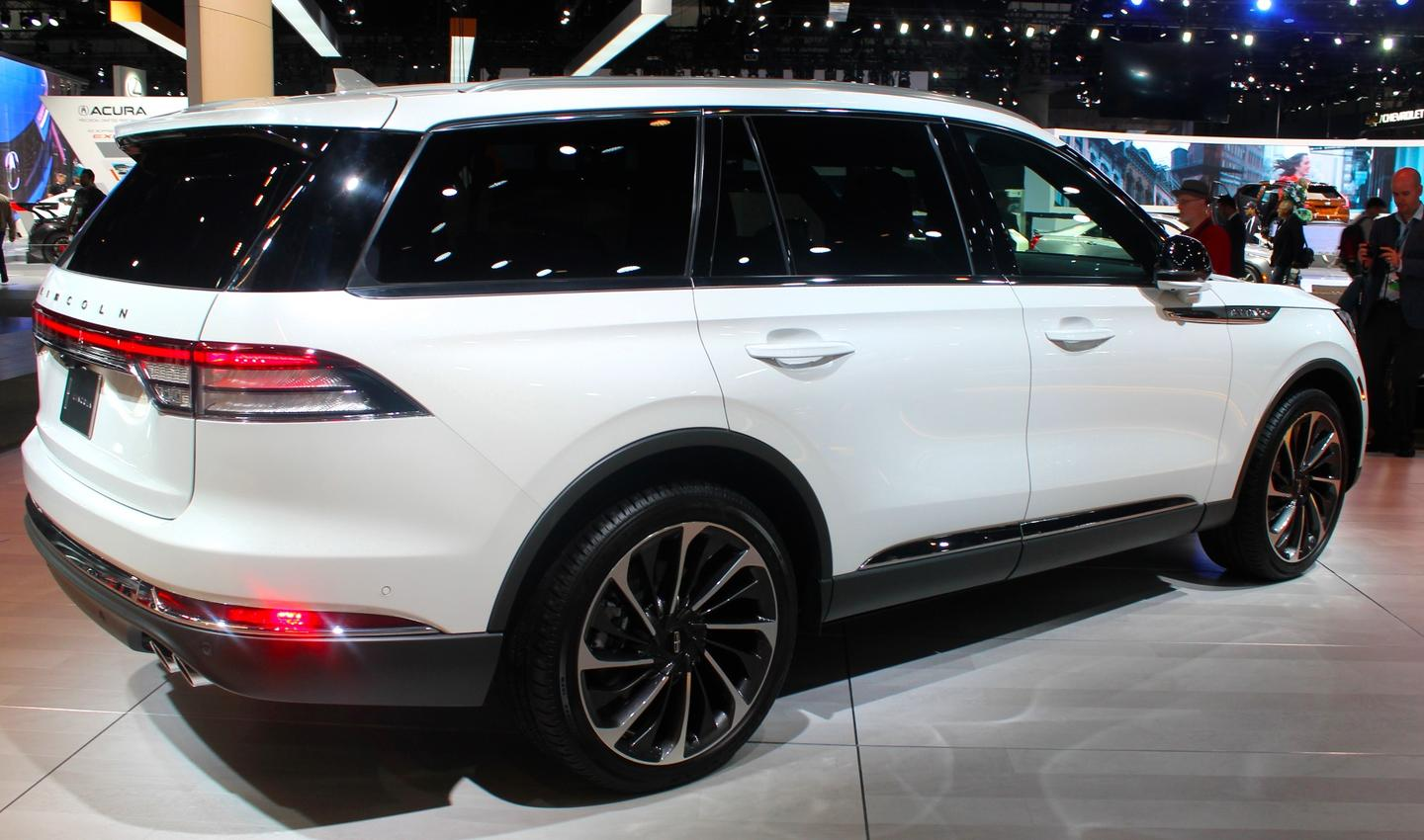 The Aviator has a much more sophisticated look than do other Lincoln crossovers and SUVs