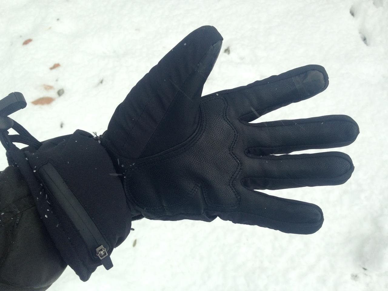 The Antelife G1 gloves feature goat leather palms and touchscreen-sensitive fingertip pads