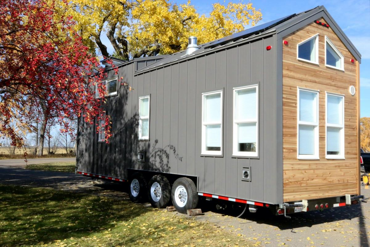 Canadian tiny house offers solar-powered small living